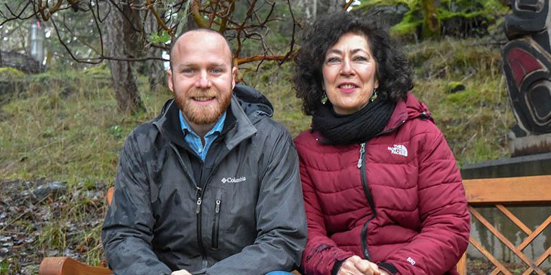 Spanish Alumni-in-Residence Participants Spread Winter Sunshine