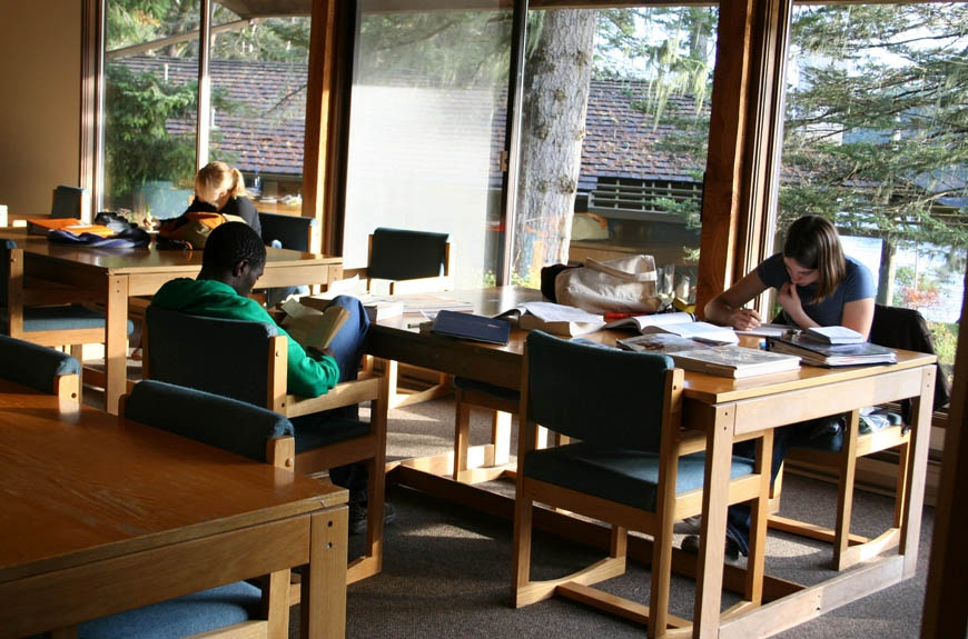 2005:Studying in the Library