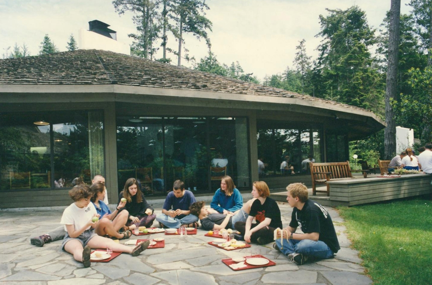 circa 1998-2000:Eating outside the dining hall